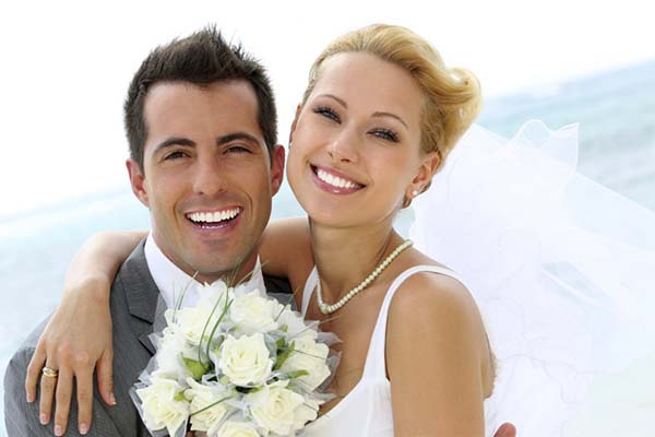 10 Reasons to visit the dentist before your wedding day