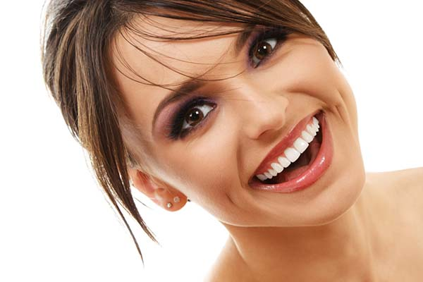 Five reasons to get your teeth whitened with Zoom Whitening